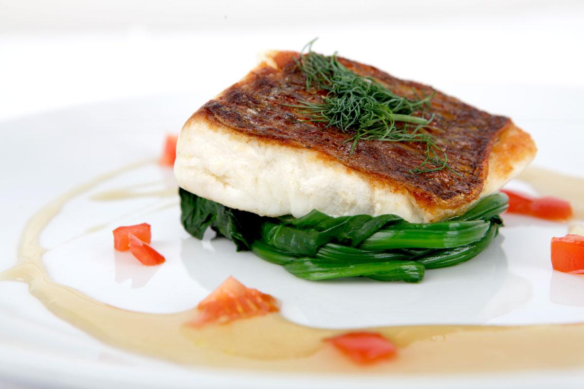 白身魚のソテー うわてんのエマルジョンソース